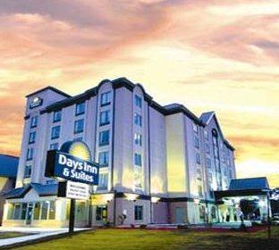 Photo 1 - Days Inn & Suites By the Falls, 5068 Centre Street, Niagara Falls, ON, Canada