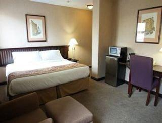 Photo 1 - Ramada Limited Hotel Downtown Vancouver, 435 West Pender Street, Vancouver, BC, Canada