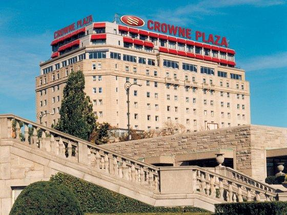 Photo 1 - Crowne Plaza Niagara Falls - Fallsview, 5685 Falls Avenue, Niagara Falls, ON, Canada