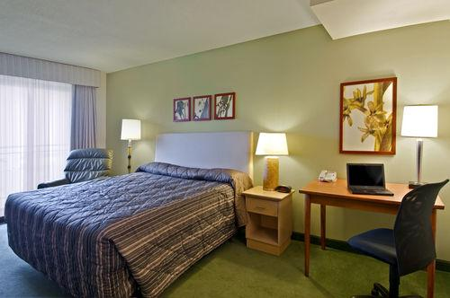 Photo 1 - Extended Stay Deluxe Ottawa - Downtown, 141 Cooper Street, Ottawa, ON, Canada