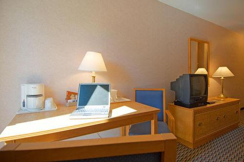 Photo 1 - Comfort Inn Midtown Kingston, 1454 Princess Street (Highway 2), Kingston, ON, Canada