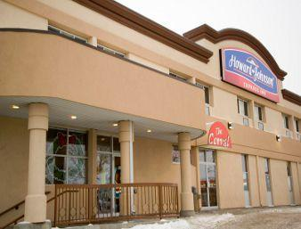 Photo 1 - Howard Johnson Express Winnipeg, 3740 Portage Avenue, Winnipeg, MB, Canada