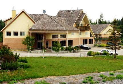 Photo 1 - Lakeview Inn & Suites Hinton, 500 Smith Street, Hinton, AB, Canada
