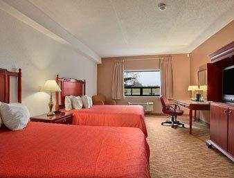 Photo 1 - Days Inn Welland, 1030 Niagara Street Merrit Road South and Niagara, Welland, ON, Canada