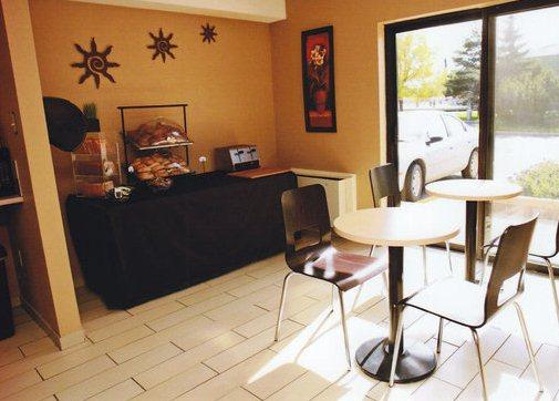 Photo 1 - Comfort Inn Regina, 3221 E. Eastgate Dr., Regina, SK, Canada