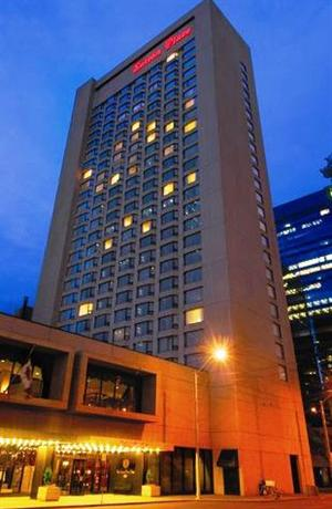 Pet Friendly But Dated Downtown Edmonton Hotel With Indoor