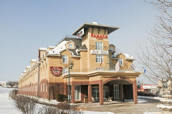 Photo 1 - Ramada Plaza Manoir du Casino, 75 Rue d'Edmonton, Gatineau, QC, Canada