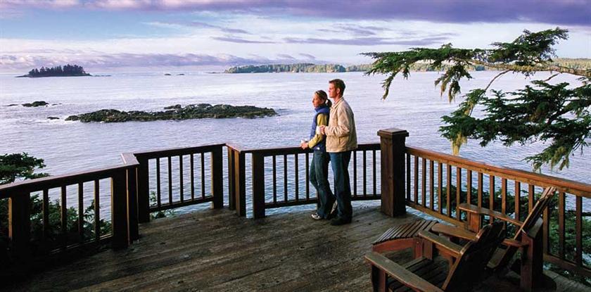 7 Middle Beach Lodge 400 Mackenzie Beach Road Tofino Canadian Hotel Guide
