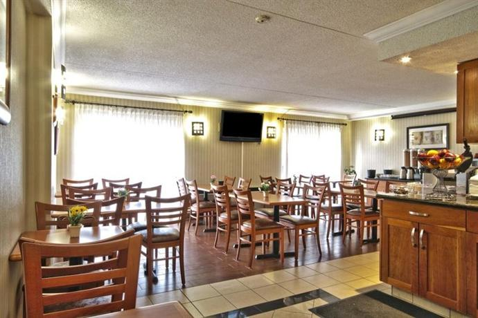 Photo 1 - Best Western Plus Kitchener Hotel, 2899 King Street East, Kitchener, ON, Canada