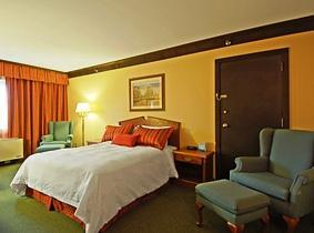 Photo 1 - BEST WESTERN Abercorn Inn, 9260 Bridgeport Road, Richmond, BC, Canada