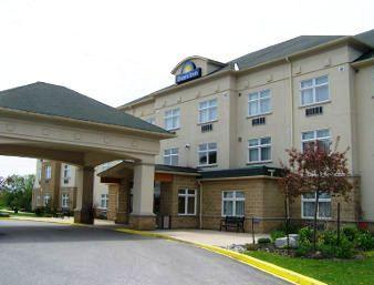 Photo 1 - Days Inn Orillia, 5850 Rama Road, Orillia, ON, Canada