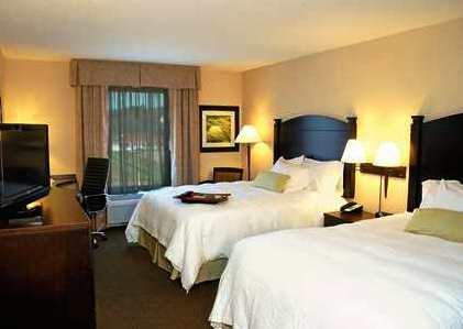 Photo 1 - Hampton Inn & Suites by Hilton Moncton, 700 Mapleton Road, Moncton, NB, Canada