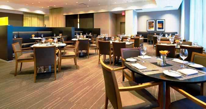 Photo 1 - Hilton Toronto Airport & Suites, 5875 Airport Road, Mississauga, ON, Canada