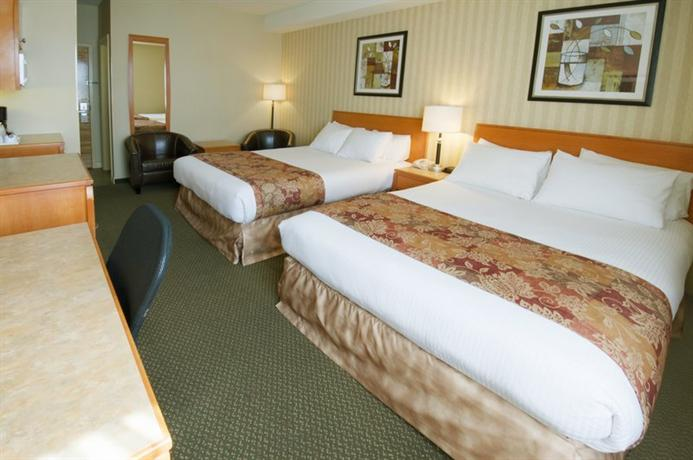 Photo 1 - BEST WESTERN Peace Arch Inn, 2293 King George Highway, Surrey, BC, Canada