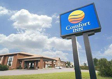 Photo 1 - Comfort Inn East Sudbury, 440 2nd Avenue North, Sudbury, ON, Canada