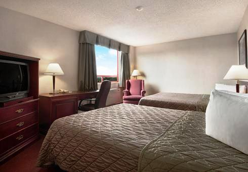 Photo 1 - Travelodge Hotel Vancouver Airport, 3071 St. Edwards Drive, Richmond, BC, Canada