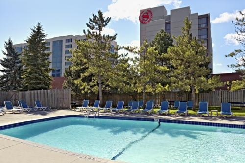 Photo 1 - Best Western Parkway Hotel Toronto North, 600 Highway 7 East, Markham, ON, Canada