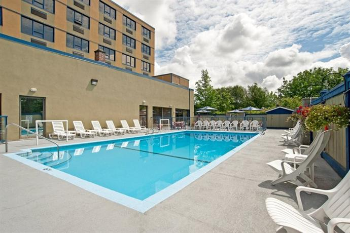 Photo 1 - BEST WESTERN PLUS Barclay Hotel, 4277 Stamp Avenue, Port Alberni, BC, Canada