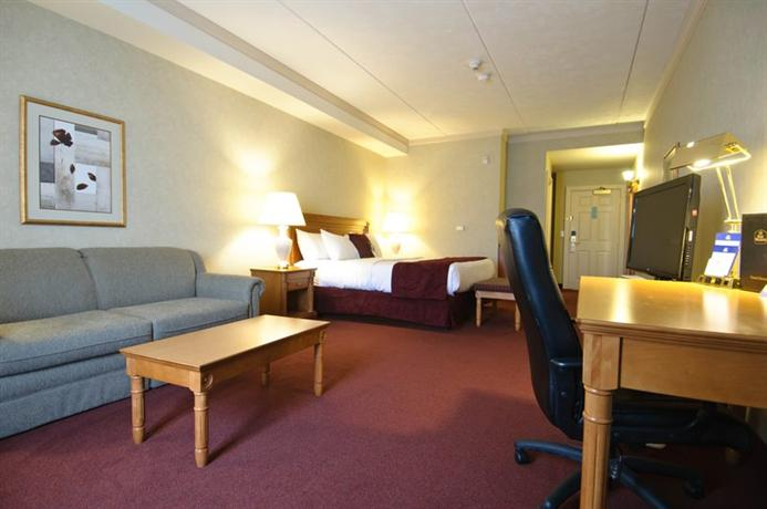 Photo 1 - Best Western Inn On The Bay, 1800 2nd Avenue East, Owen Sound, ON, Canada