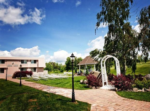Photo 1 - BEST WESTERN Mariposa Inn and Conference Centre, 400 Memorial Avenue, Orillia, ON, Canada