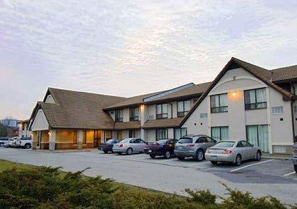 Photo 1 - Comfort Inn Toronto Northeast, 8330 Woodbine Avenue, Markham, ON, Canada