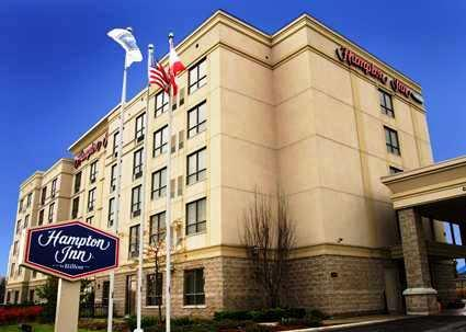 Photo 1 - Hampton Inn Toronto - Mississauga West, 2085 North Sheridan Way, Mississauga, ON, Canada