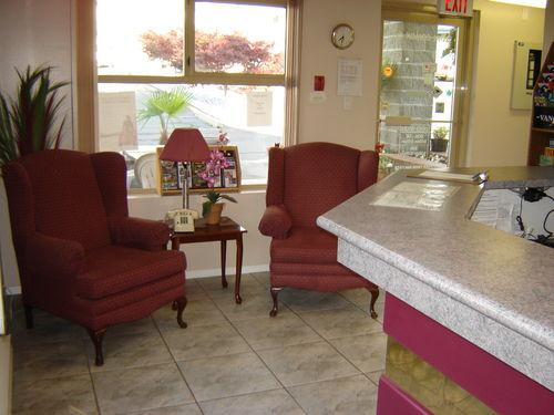 Photo 1 - Port Augusta Inn and Suites, 2082 Comox Avenue, Comox, BC, Canada