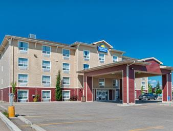 Photo 1 - Days Inn & Suites - Cochrane, 5 West Side Drive, Cochrane, AB, Canada