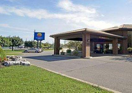 Photo 1 - Comfort Inn Chatham City, 1100 Richmond Street, Chatham, ON, Canada
