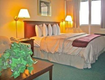 Photo 1 - Days Inn Brockville - City Of 1000 Islands, 160 Stewart Blvd, Brockville, ON, Canada