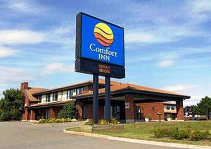 Photo 1 - Comfort Inn Airport East Ancienne-Lorette, 1255 boul. Duplessis, Quebec City, QC, Canada