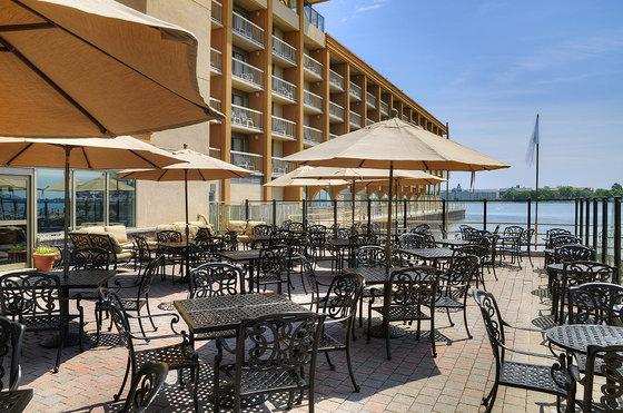Photo 1 - Holiday Inn Kingston - Waterfront, 2 Princess Street, Kingston, ON, Canada
