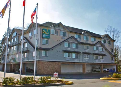 Photo 1 - Quality Hotel & Suites Langley, 6465 - 201 Street, Langley, BC, Canada