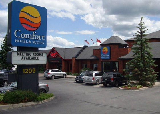 Photo 1 - Comfort Hotel & Suites Peterborough, 1209 Lansdowne St. West, Peterborough, ON, Canada