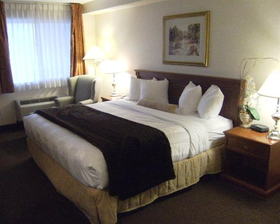 Photo 1 - BEST WESTERN Inn On The Hill, 365 Guelph Street, Halton Hills, ON, Canada