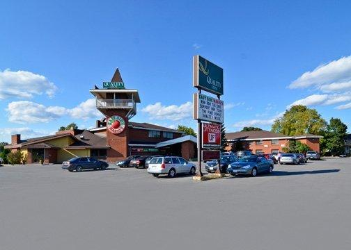 Photo 1 - Quality Inn Arnprior, 70 MADAWASKA BLVD, Arnprior, ON, Canada