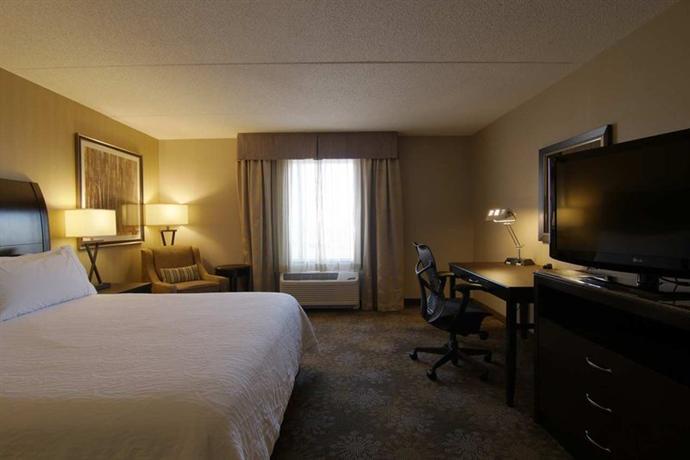 2 Hilton Garden Inn Toronto Brampton 2648 Steeles Avenue