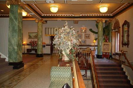 Photo 3 - Hotel Quinte, 211 Pinnacle Street, Belleville, ON, Canada